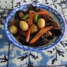 肉炒鹌鹑蛋木耳