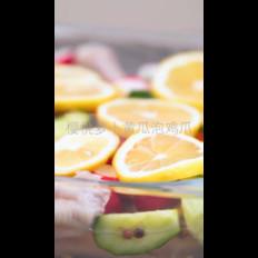 樱桃萝卜泡凤爪的做法