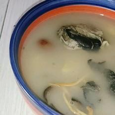 虫草板栗乌鸡汤