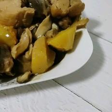 香菇鸡腿炖蘑菇