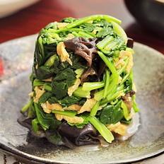 芥末菠菜拌木耳的做法