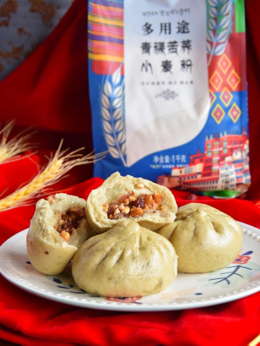 在云南才能吃到的特色美食—糖腿包子