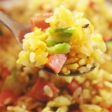 用我这个妙招做的蛋炒饭,蛋香浓郁不粘锅,剩米饭秒变美食的做法
