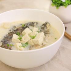 鲫鱼豆腐汤-迷迭香