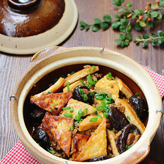 酱焖豆腐煲的做法