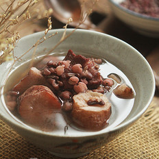 土茯苓赤小豆猪薏米汤
