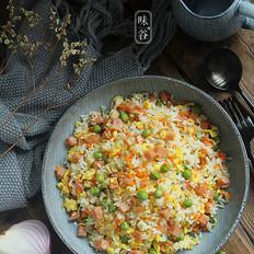 青豆火腿蛋炒饭