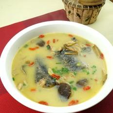 茶树菇鲟鱼汤