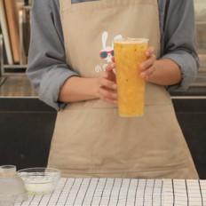 奈雪的茶霸气金钻百香的做法——小兔奔跑奶茶教程