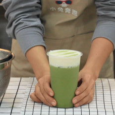喜茶芝士抹茶的做法——小兔奔跑奶茶教程