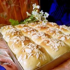 一次性发酵淡奶油小餐包