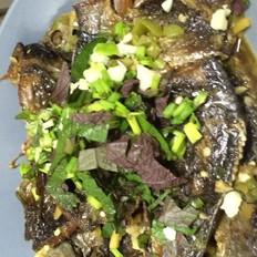紫苏炖鲫鱼