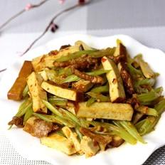 芹菜熏干炒肉