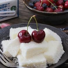 夏日冰爽小甜点--椰蓉牛奶小方