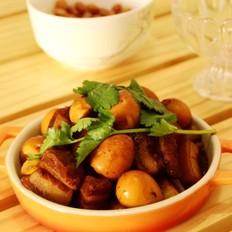 口蘑鹌鹑蛋烧五花肉