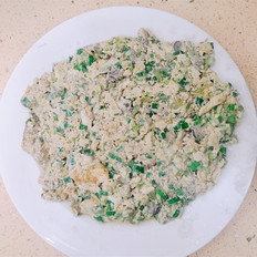 牡蛎香椿煎鸡蛋的做法