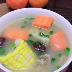 胡萝卜玉米猪蹄养颜靓汤