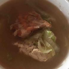 三文鱼排豆腐汤