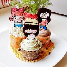 三朵姐妹花纸杯蛋糕
