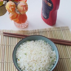 简单又美味葱花炒饭