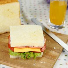 西式营养早餐三明治