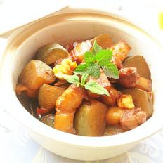 青萝卜烧五花肉