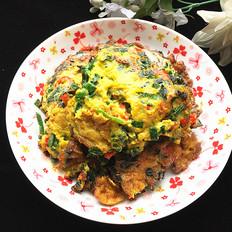青蒜叶红椒煎蛋