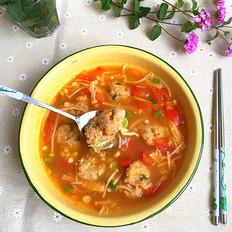 西红柿金针菇肉丸汤