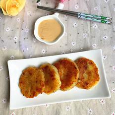 台式香肠土豆饼