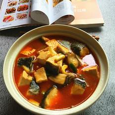 泡椒酸汤豆腐煮鱼