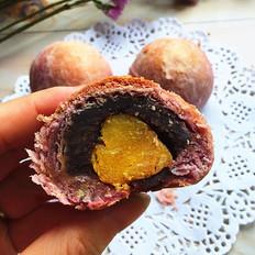 紫薯粉蛋黄酥