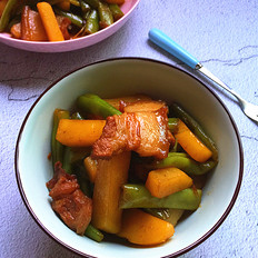 土豆四季豆炖五花肉
