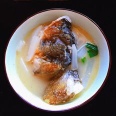萝卜鱼头煲
