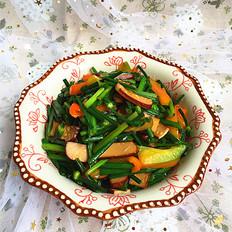 韭菜苔炒鸡蛋干
