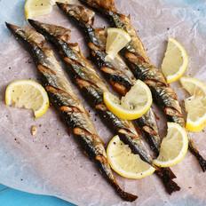 柠香烤秋刀鱼