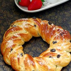 椰蓉葡萄花环面包