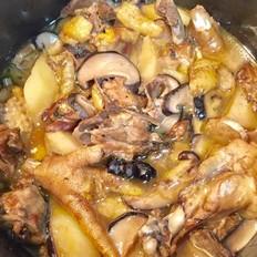 香菇土豆炖鸡