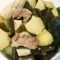 五花肉炖冻豆腐土豆海带