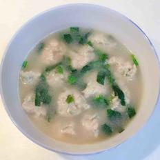 猪肉糯米面丸子汤