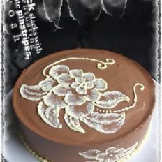 送自己的生日蛋糕——巧克力刷绣慕斯