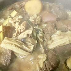 甘蔗马蹄羊肉煲