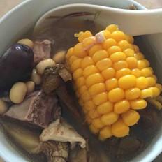 花胶排骨玉米汤