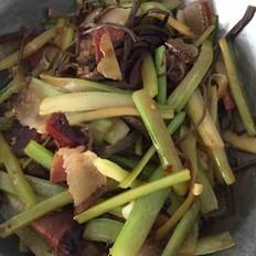 茶树菇烧腊肉