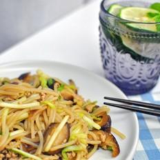 香菇肉末炒米粉