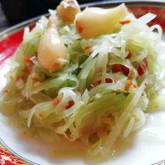 减肥美味餐:凉拌莴笋丝