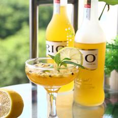 RIO百香果柠檬香橙伏特加鸡尾酒