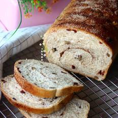 肉桂蔓越莓核桃全麦吐司面包