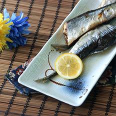 简单盐烤秋刀鱼