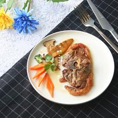 迷迭香烤羊蝴蝶排伴胡萝卜杏鲍菇