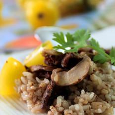 牛肉蘑菇焗荞麦饭